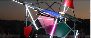 Paul Schwer - Shining Shelter. Lichtskulptur im Außenraum