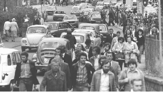 Freie Fahrt im Bergischen Land? Das Massenphänomen Auto seit den 1970er Jahren